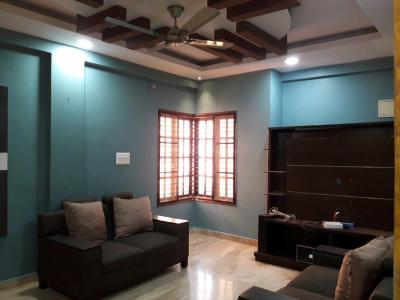 Gallery Cover Image of 1200 Sq.ft 2 BHK Independent Floor for rent in Marathahalli for 20000
