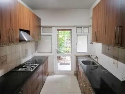 Gallery Cover Image of 4100 Sq.ft 4 BHK Apartment for buy in Cox Town for 40000000