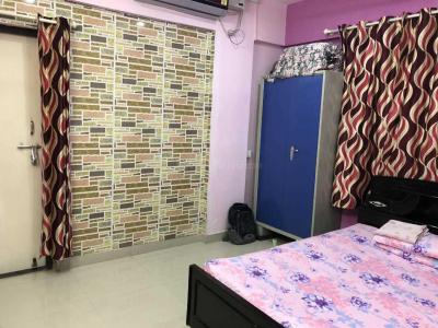 Gallery Cover Image of 1600 Sq.ft 3 BHK Apartment for rent in Pimple Nilakh for 23000