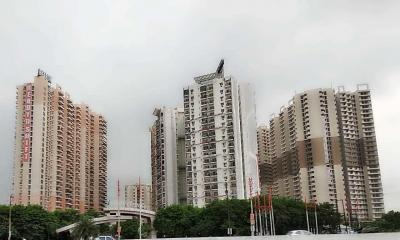 Gallery Cover Image of 1250 Sq.ft 3 BHK Apartment for rent in LandCraft Golflinks Apartments, Pandav Nagar for 10000