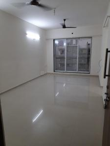 Gallery Cover Image of 1098 Sq.ft 2 BHK Apartment for rent in Lokhandwala Octacrest, Kandivali East for 35000
