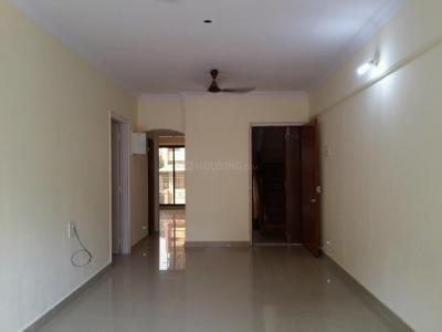 Gallery Cover Image of 900 Sq.ft 2 BHK Apartment for rent in Malad West for 39000