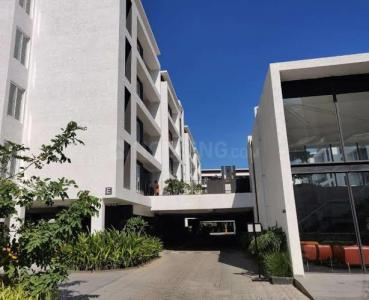Gallery Cover Image of 1200 Sq.ft 2 BHK Apartment for rent in Alandur for 30000