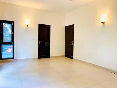 Gallery Cover Image of 7500 Sq.ft 4 BHK Independent House for rent in Vasant Vihar for 700000