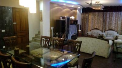 Gallery Cover Image of 2200 Sq.ft 3 BHK Independent Floor for rent in 45, Jangpura for 90000
