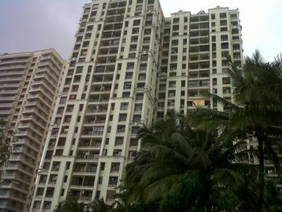 Gallery Cover Image of 1000 Sq.ft 2 BHK Apartment for rent in Supreme Lake Primrose, Powai for 50000