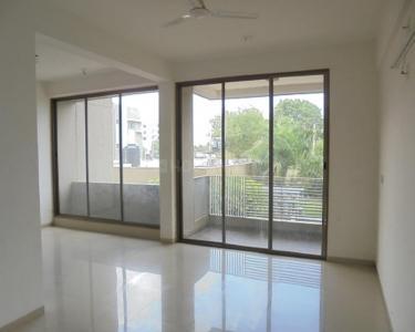 Gallery Cover Image of 2025 Sq.ft 3 BHK Apartment for rent in Sheetal Vedika Habitat, Kudasan for 15000