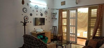 Gallery Cover Image of 1190 Sq.ft 2 BHK Apartment for rent in Oasis Breeze, Marathahalli for 30000