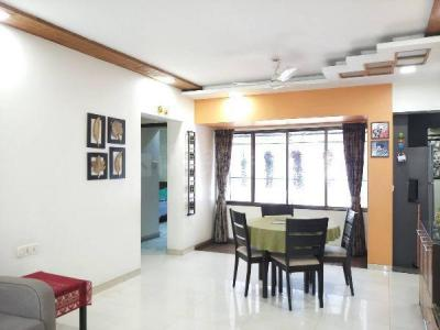 Gallery Cover Image of 1073 Sq.ft 2 BHK Apartment for buy in Malad East for 17500000