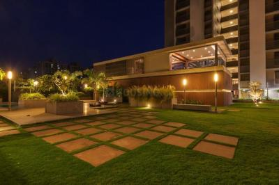 Gallery Cover Image of 2750 Sq.ft 4 BHK Apartment for buy in Makarba for 15125000