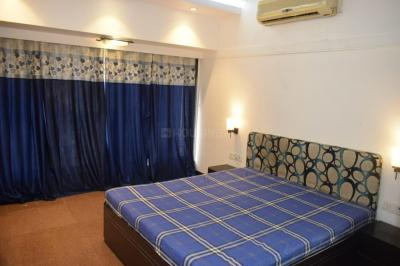 Bedroom Image of 1000 Sq.ft 2 BHK Apartment for buy in Bandra West for 51500000