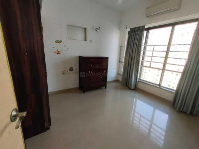 Gallery Cover Image of 3000 Sq.ft 3 BHK Apartment for rent in Parel for 350000