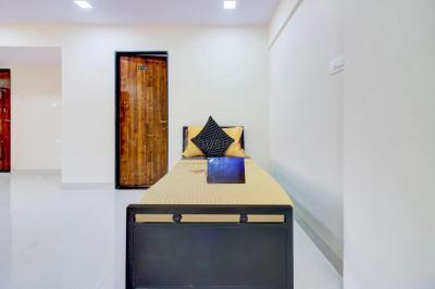 Hall Image of Saksham Properties in Andheri East