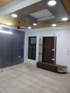 Gallery Cover Image of 1305 Sq.ft 3 BHK Independent Floor for buy in Laxmi Nagar for 10500000