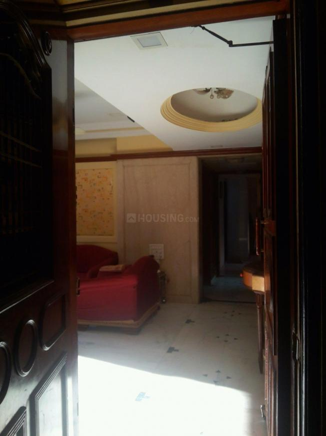Main Entrance Image of 1200 Sq.ft 2 BHK Apartment for buy in Mazgaon for 42500000