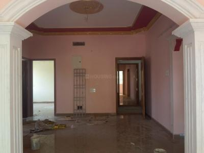 Gallery Cover Image of 900 Sq.ft 3 BHK Apartment for rent in Kolathur for 20000