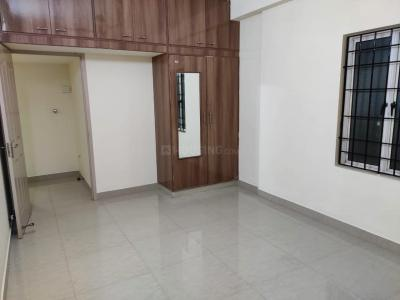 Gallery Cover Image of 1200 Sq.ft 3 BHK Apartment for rent in Medavakkam for 40000