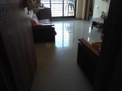 Gallery Cover Image of 600 Sq.ft 1 BHK Apartment for rent in Malad West for 25000