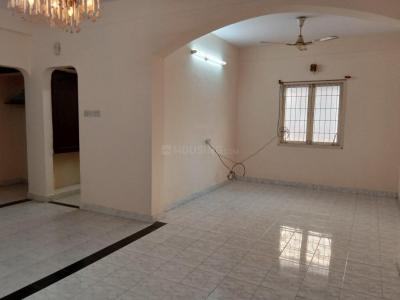 Gallery Cover Image of 1250 Sq.ft 2 BHK Apartment for rent in Velachery for 19000