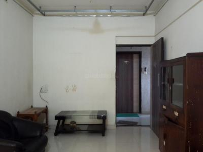 Gallery Cover Image of 650 Sq.ft 1 BHK Apartment for rent in Borivali West for 21000