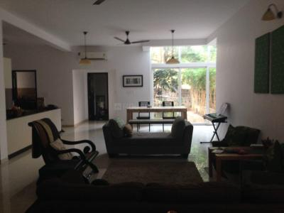 Gallery Cover Image of 3200 Sq.ft 4 BHK Villa for rent in Uthandi for 100000