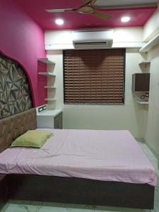 Gallery Cover Image of 500 Sq.ft 1 BHK Apartment for rent in Byculla for 35000