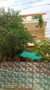 Gallery Cover Image of 2250 Sq.ft 3 BHK Apartment for rent in Sector 11 for 21000