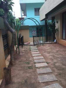 Gallery Cover Image of 3500 Sq.ft 3 BHK Villa for rent in Indira Nagar for 65000