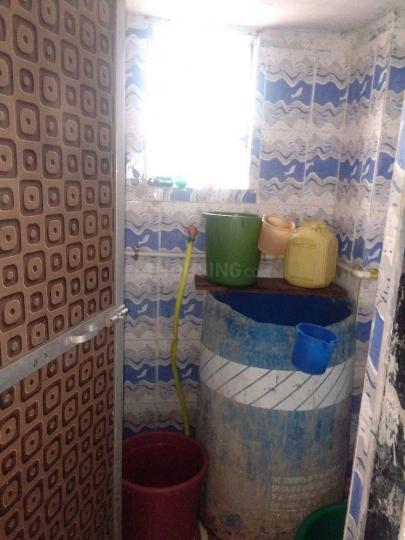 Common Bathroom Image of 500 Sq.ft 1 BHK Apartment for rent in Diva Gaon for 5000