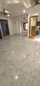 Gallery Cover Image of 1010 Sq.ft 2 BHK Independent Floor for buy in Gyan Khand for 3540000