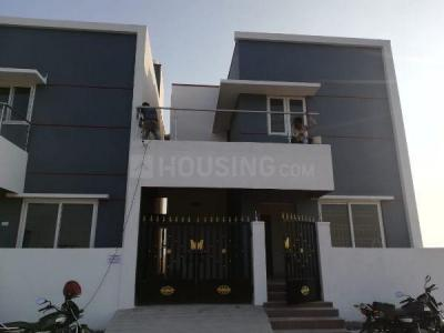 Gallery Cover Image of 800 Sq.ft 2 BHK Independent House for buy in Vandalur for 4049000