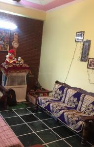 Gallery Cover Image of 650 Sq.ft 1 BHK Independent Floor for rent in Vaishali for 9000