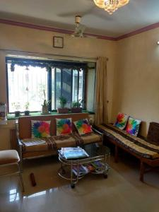 Gallery Cover Image of 575 Sq.ft 1 BHK Apartment for buy in Mulund East for 10500000
