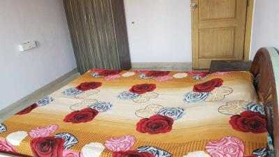 Gallery Cover Image of 890 Sq.ft 2 BHK Apartment for rent in Parel for 65000