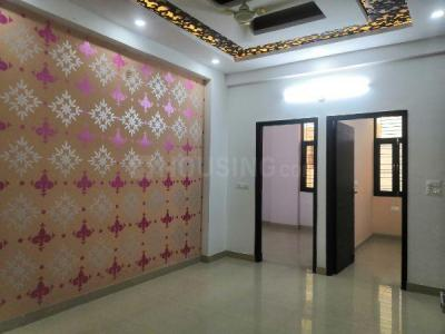 Gallery Cover Image of 850 Sq.ft 2 BHK Independent Floor for buy in Noida Extension for 1900000