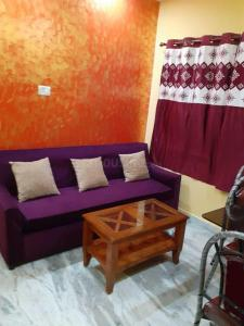 Gallery Cover Image of 1000 Sq.ft 2 BHK Apartment for rent in Kasba for 25000