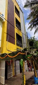 Gallery Cover Image of 600 Sq.ft 1 RK Independent Floor for rent in Kengeri Satellite Town for 6500