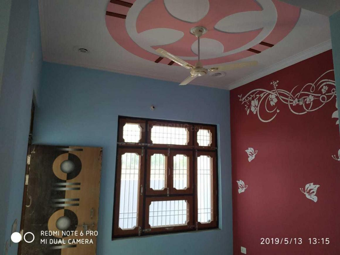 Bedroom Image of 800 Sq.ft 2 BHK Independent House for buy in Gomti Nagar for 3200000