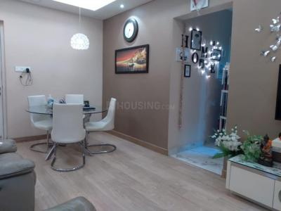 Gallery Cover Image of 900 Sq.ft 2 BHK Apartment for buy in Raheja Reflections II Serenity, Kandivali East for 22000000