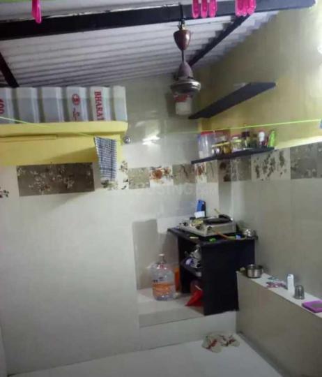 ठाणे वेस्ट में अतुल पीजी में किचन की तस्वीर