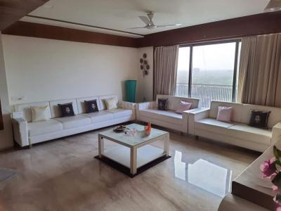Gallery Cover Image of 1800 Sq.ft 3 BHK Apartment for rent in Shaligram Plus, Chandlodia for 14500
