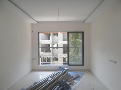 Gallery Cover Image of 650 Sq.ft 1 BHK Apartment for buy in Kandivali West for 9500000