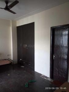 Gallery Cover Image of 1270 Sq.ft 2 BHK Apartment for rent in Crossings GH7 Crossings Republik, Crossings Republik for 8000