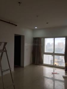 Gallery Cover Image of 670 Sq.ft 1 BHK Apartment for rent in Malad East for 24000