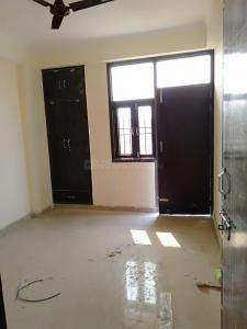 Gallery Cover Image of 500 Sq.ft 1 BHK Apartment for rent in Krishna Apartment, Sector 72 for 7000