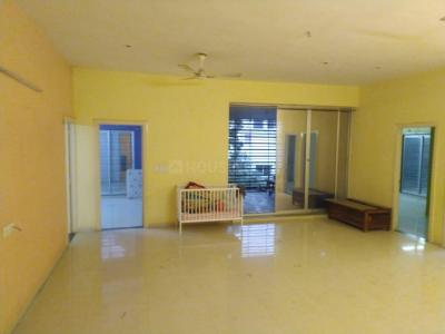 Gallery Cover Image of 2769 Sq.ft 4 BHK Apartment for rent in Navrangpura for 36000