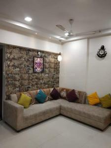 Gallery Cover Image of 1280 Sq.ft 2 BHK Apartment for rent in Kharghar for 33000