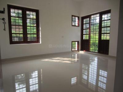 Gallery Cover Image of 1050 Sq.ft 2 BHK Independent House for buy in Kalpathy for 2250000