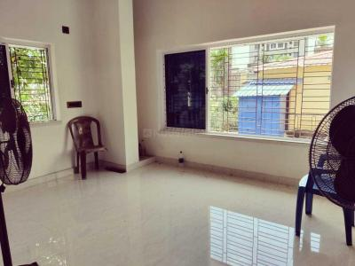 Gallery Cover Image of 750 Sq.ft 2 BHK Apartment for rent in Kasba for 12000