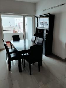 Gallery Cover Image of 968 Sq.ft 2 BHK Apartment for buy in Deccan Apporva, Kovur for 4097000